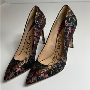 Sam Edelman Tristan Pump Black/Multi Majestic Bird